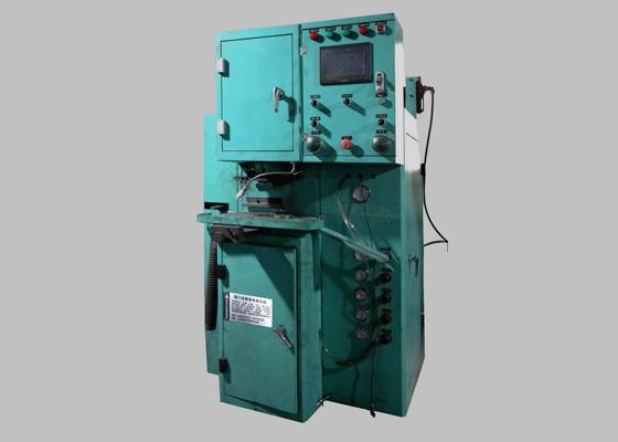 自动机械压机